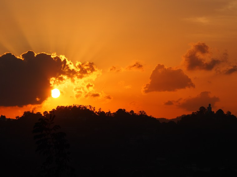 1.Sri Lanka – Kandy