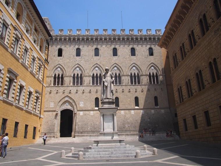 2.Italy-Siena