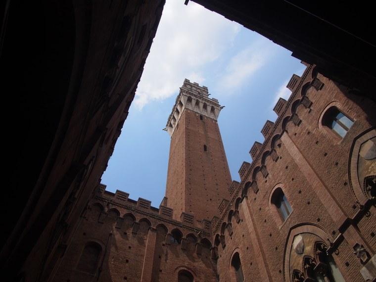 7.Italy-Siena