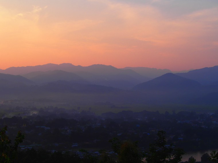 20.Myanmar_Hsipaw_Sunset_Hill