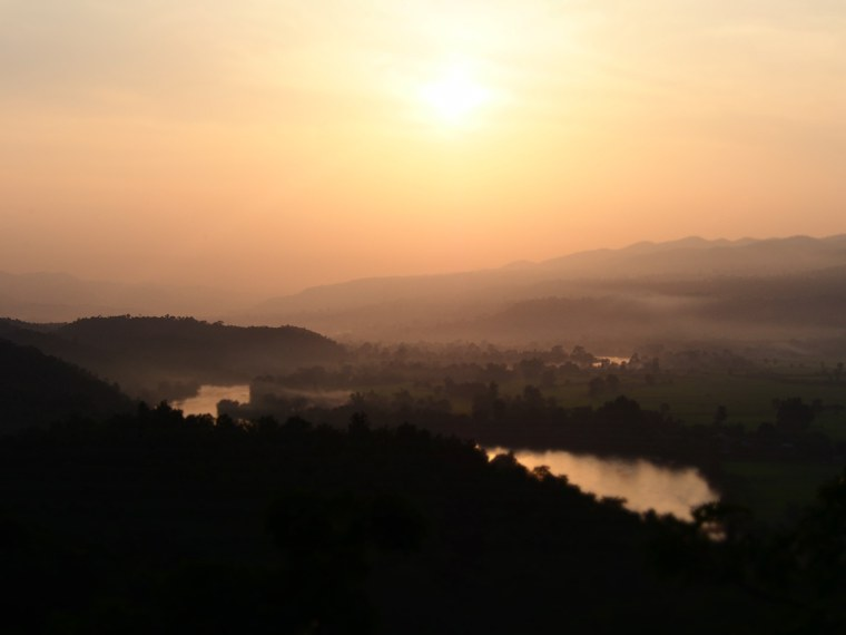 21.Myanmar_Hsipaw_Sunset_Hill