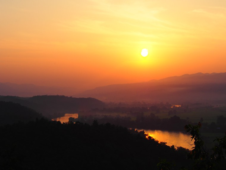 22.Myanmar_Hsipaw_Sunset_Hill