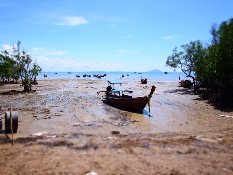 4.Thailand_Krabi_Railay_Beach.