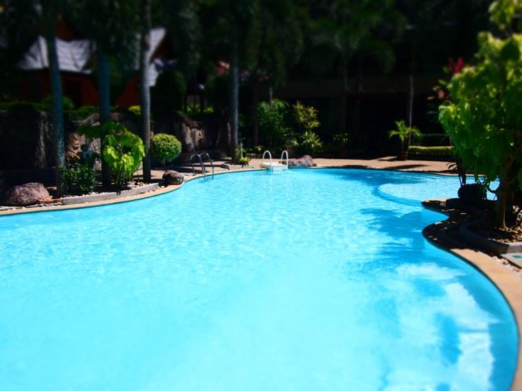 5.Thailand_Krabi_Railay_Beach.